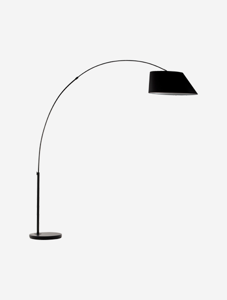 zuiver-arc-lampa-do-obyvacky