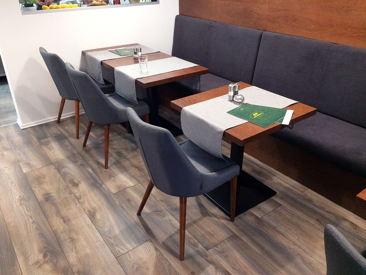 juju_chair_restaurant_roomfactory_3