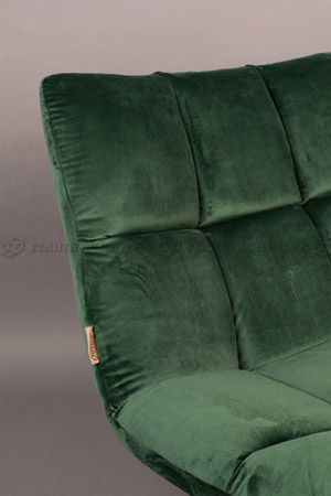 dutchbone_bar-velvet-lounge-chair_roomfactory_Det2