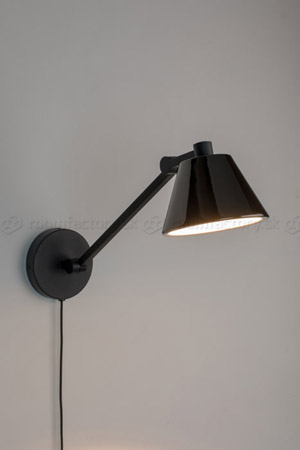 zuiver_lub-wall-lamp_roomfactory_Det4