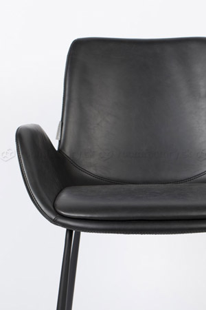zuiver_brit-ll-armchair_roomfactory_det2