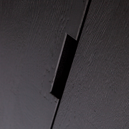 Woood_Silas_cabinet_oak_brushed_blacknight_det01